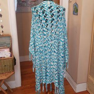 VTG Sky Blue & White Crocheted Shawl 1X/2X